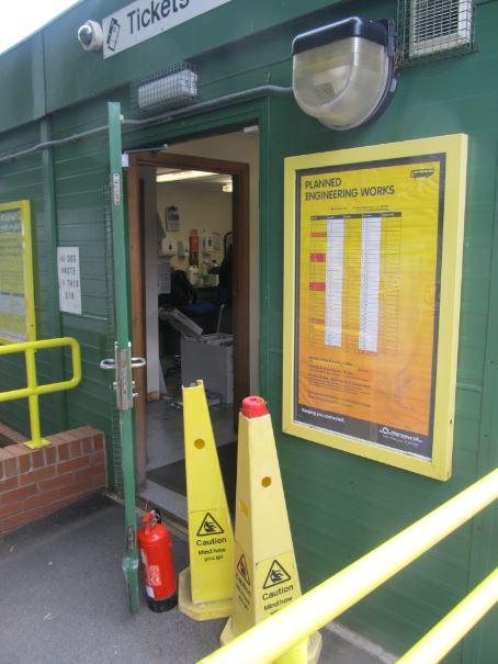 Police investigate aughton station raid - British transport police press office ...