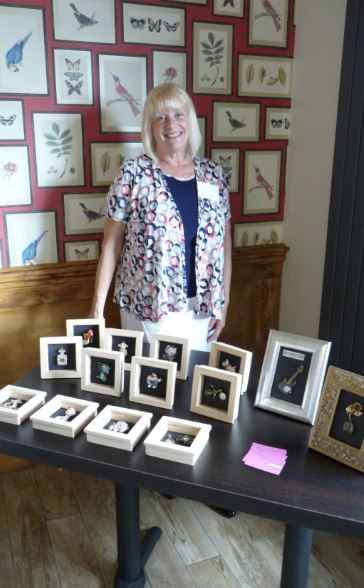When someone hit Sally Wilson's car and drove off, she was left with a substantial bill at a time of low cash flow.     Not to be daunted she came up with a way to cover the shortfall - 'Cassy's Cards'.