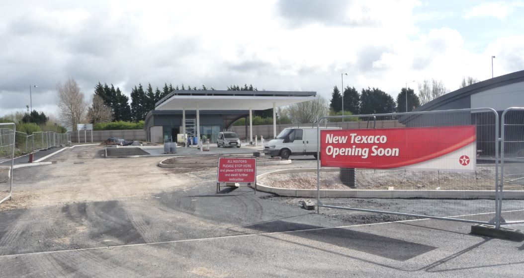 Great news for local drivers - a new filling station will be opening in the next few weeks at the Ringtail Retail Park in Burscough.            It's the latest addition to the thriving shopping centre; Booths has taken on 13 new staff specifically for the opening of its new mini mart there. Another...