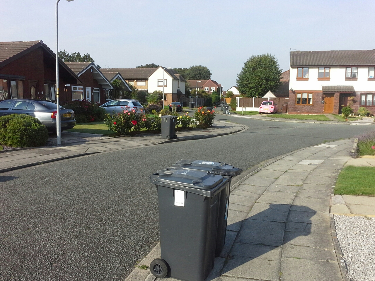 Colchester road residents have no bin collection for three weeks - Rd rubbish bin ...