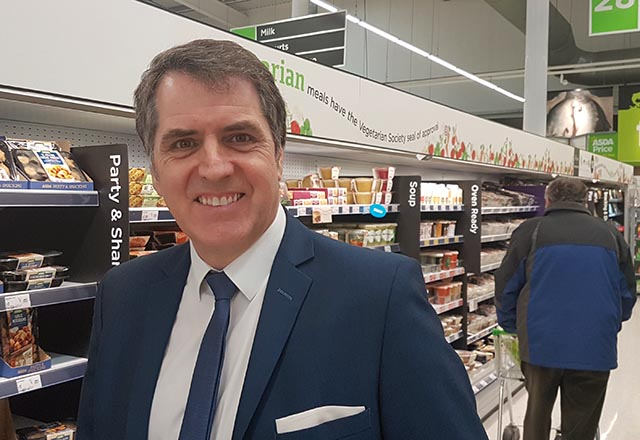 The favourite for the upcoming Liverpool City Region Metro Mayor election Steve Rotheram was in Southport's ASDA today drumming up support.        The inaugural Liverpool City Region mayoral election will be held on 4 May 2017 to elect the Liverpool City Region Combined Authority, subsequent...