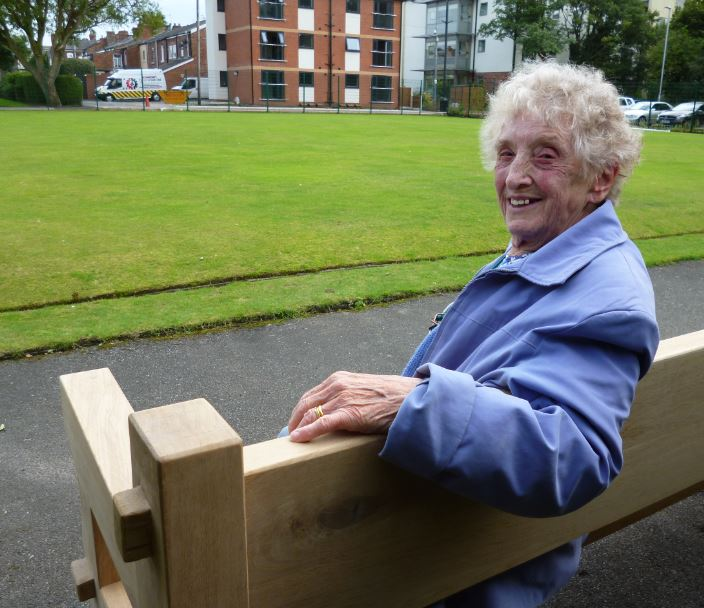 Yesterday, a new bench was placed in Coronation Park, Ormskirk, in memory of Jack Bibby, a well respected resident of the town.    All his working life he was employed as a watchmaker at Wainwrights the Jewellers on Burscough Street; the oak bench is situated in the Bowling Green area and depicts...
