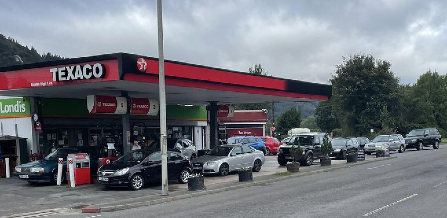 Name:  petrol-wales.jpg Views: 0 Size:  158.3 KB
