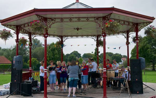 If you enjoy watching a live band then make sure you don�t miss the fantastic free entertainment lined up for the Summer Music Festival in Coronation Park, Ormskirk.        Groups playing music ranging from blues and Merseybeat to ska and two tone will be performing at the bandstand on Saturday...