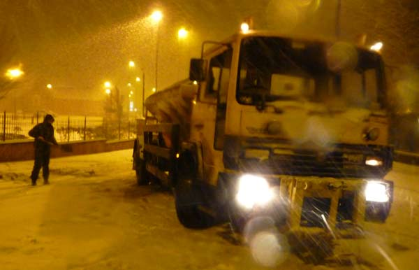 Highways England's team of 1,300 specially trained gritter drivers based across the country are geared up for winter – and are urging drivers to do the same.        The company responsible for the country's motorways and main A roads has more than 280,000 tonnes of salt, over 500 salt spreading...